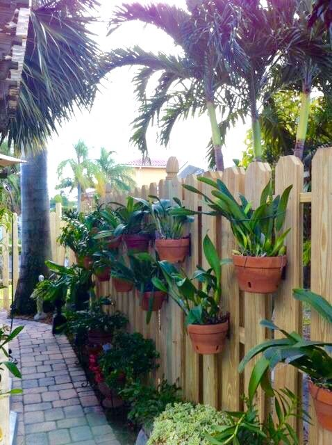 Photo Gallery Fences Hang A Pot