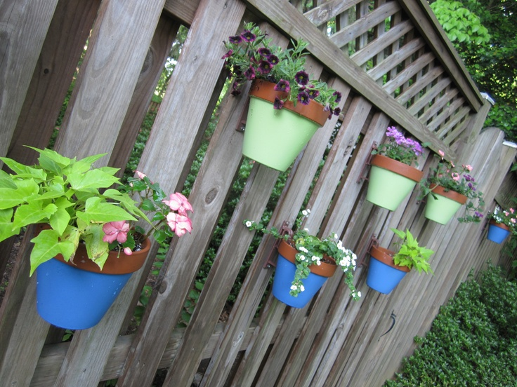 Fence hanging planters fence flower pots flower pot - Flower pots to hang on fence ...
